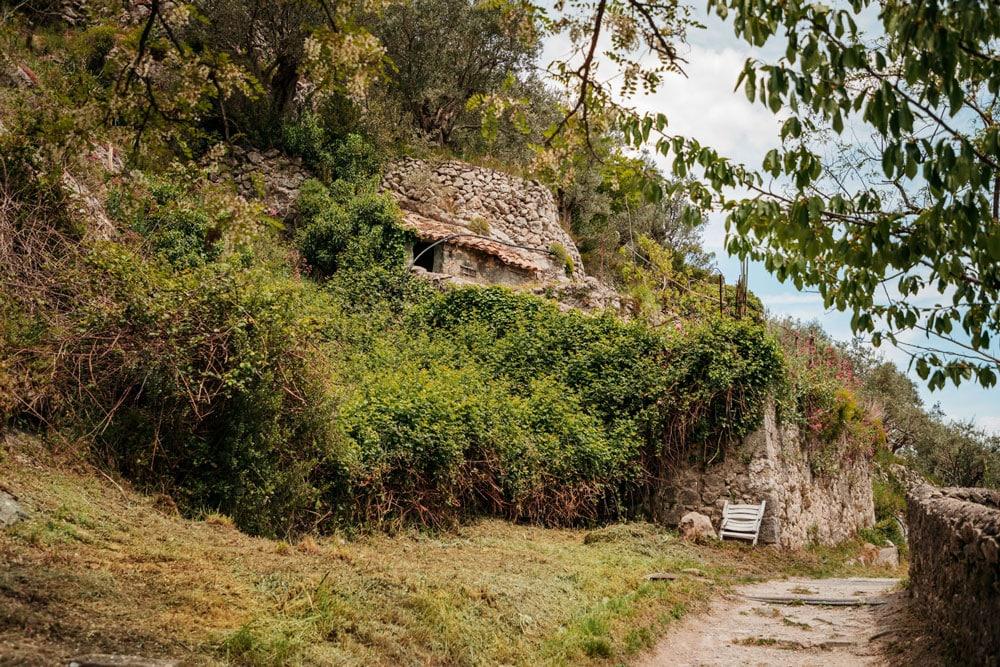 ruines Entrevaux patrimoine oublié