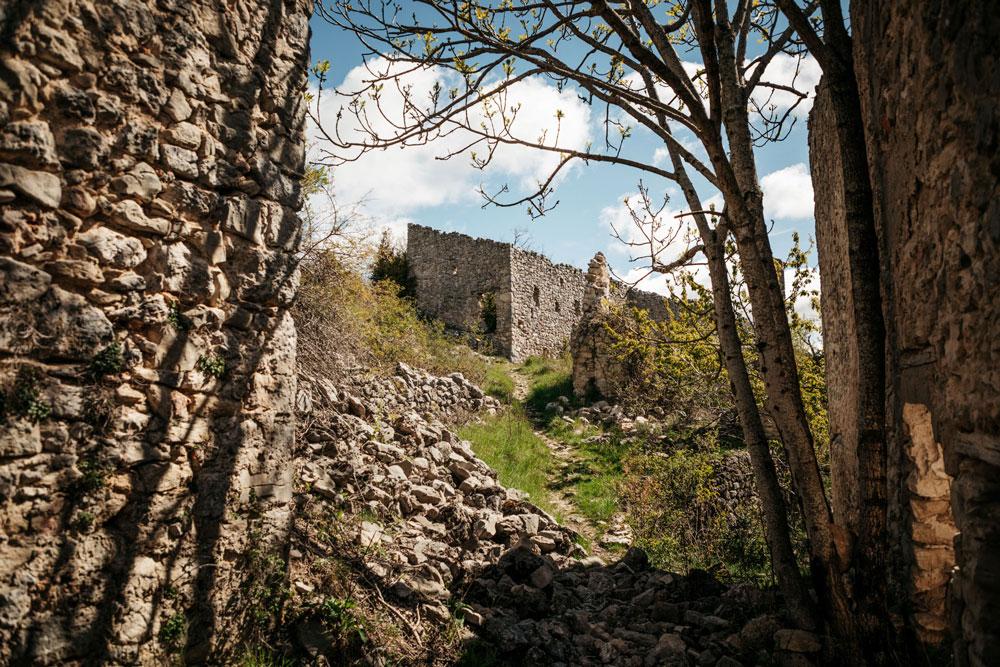 village fantôme du Verdon Châteauneuf-les-Moustiers