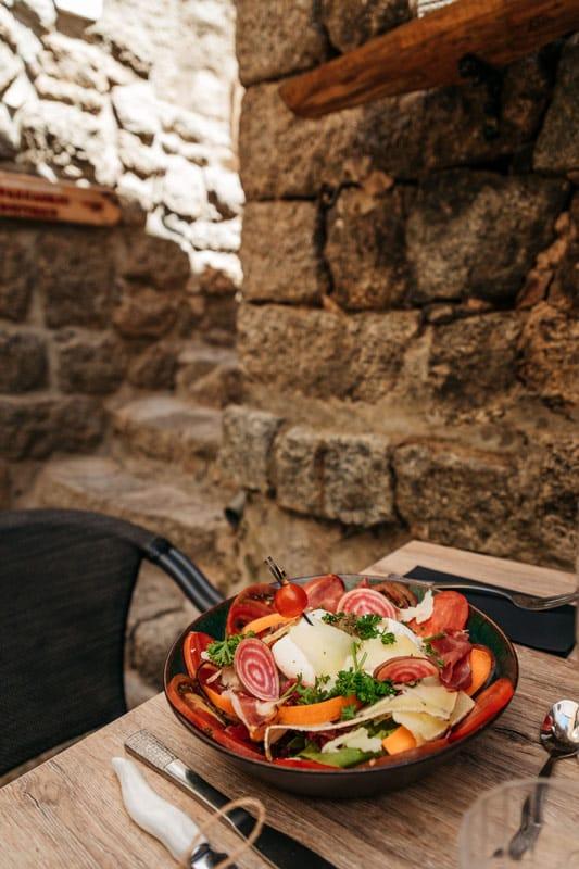 ou manger à Sartène Corse