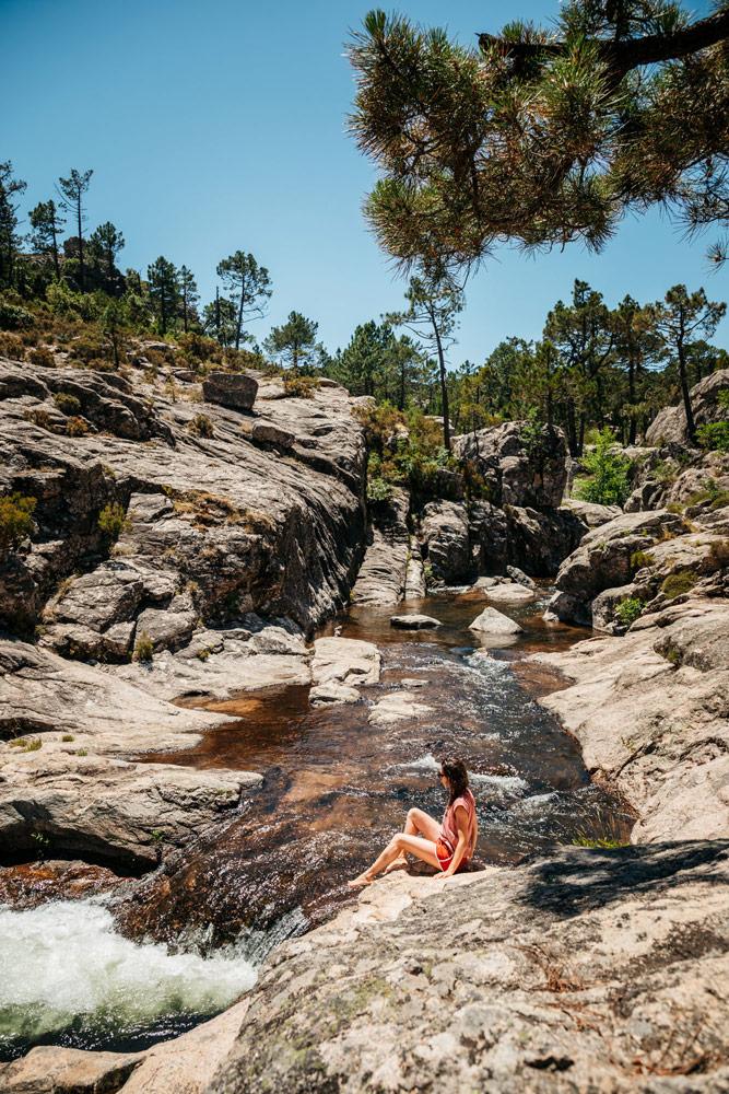 ou voir cascade en Corse du sud