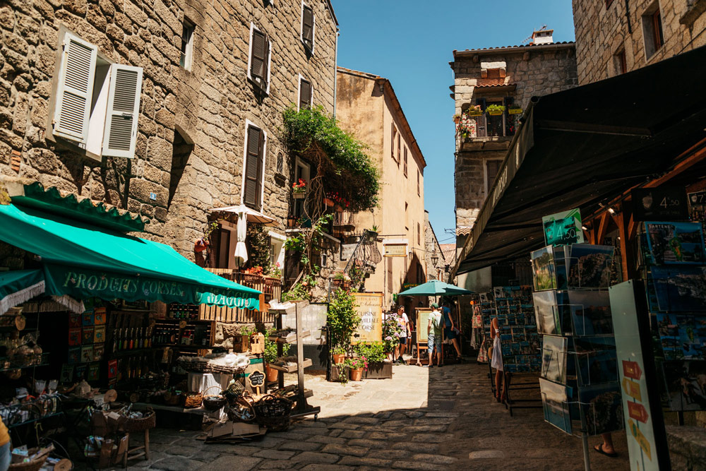 visiter Sartène au sud de la Corse